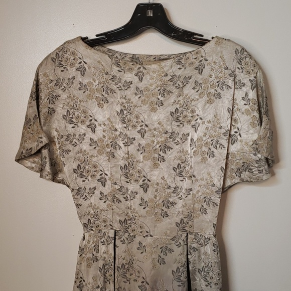 Dresses & Skirts - Authentic Floral Vintage Dress 50s